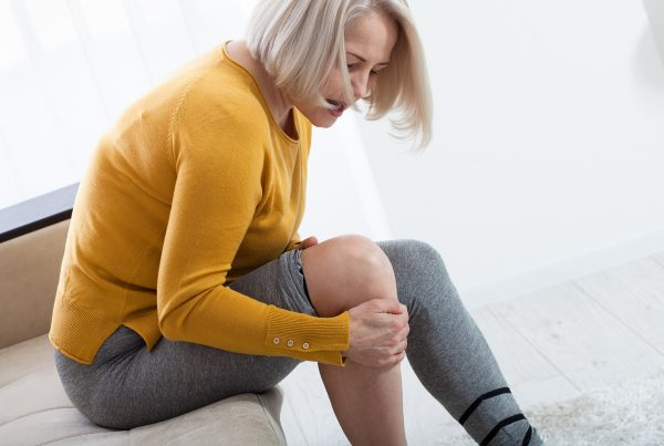 calanna-whole-health-pharmacy-5-ways-to-help-chronic-pain
